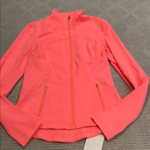 NWT LULULEMON frome jacket - rare Coral color